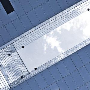La distanza tra le costruzioni pregiudica il rilascio del condono edilizio?