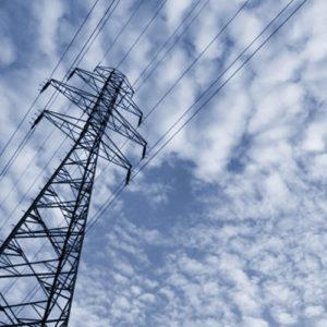 Valutazione di Impatto Ambientale: le opere di connessione alla rete elettrica nazionale e l'impianto eolico vanno valutati congiuntamente